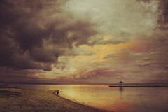 walk alone II (Dyrk.Wyst) Tags: bali himmel indonesia indonesien landschaft meer regen regenbogen reiseziel sanurbeach stimmung strand wolken atmosphere beach clouds coast landscape light mood outdoor people rain rainbow sand sea serenity sky stormclouds sunset traveldestination tropical texture