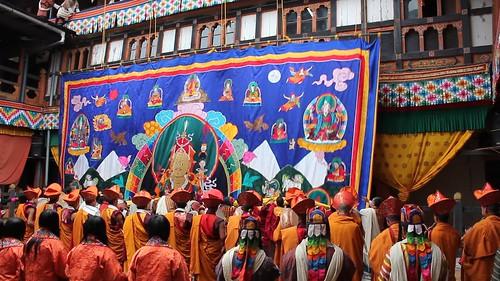 Jakar tshechu, unfolding the Guru Rinpoche thongdrel