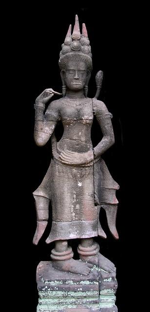 Cambodia - Ta Prohm Temple - Devata - 05b