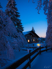 silent night (nils_P) Tags: trees winter house snow forest canon germany thüringen bluehour wald thüringer explore33