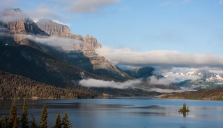 ( View Large! ) Cloudy sunrise at Saint Mary Lake and Wild Goose Island, Glacier National Park, Montana