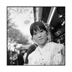 kindness • tokyo, japan • 2014 (lem's) Tags: street woman japan rolleiflex tokyo femme geisha kimono kindness rue japon planar gentillesse