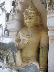 Buddha Statue in Bagan
