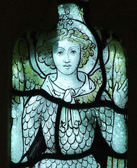 angel with uplifted hands (15th Century, restored) (Simon_K) Tags: church churches cambridgeshire abingdon eastanglia cambs abingtonpigotts piggots piggotts