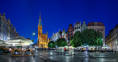 Gdansk, The Main Street in the Old Town (dleiva) Tags: street city tower history horizontal retail architecture walking outdoors photography day cityscape dusk townhouse citylife poland pedestrian illuminated clocktower business parasol townhall oldtown vacations domingo gdansk lifestyles leiva citystreet traveldestinations colorimage buildingexterior dlugitarg unrecognizableperson mediumgroupofpeople dleiva