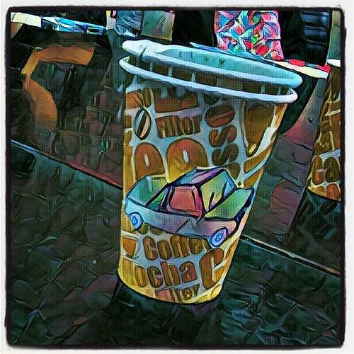 אוטו נייר על כוס נייר #prisma