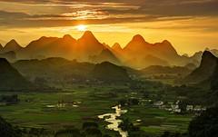 Guilin, Southern China (sousapp) Tags: china guilin ratcliff stuckincustomscom trey treyratcliff