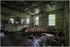 Support group meeting moved to Thursday (Steven Kuipers) Tags: windows chairs urbex urbanexplore exploring explore crumbling decay asylum psychiatrichospital clinic hospital school classroom