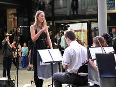 Band conductor, QueenStreet Mall, Brisbane (Photos by Lance) Tags: brisbanecbd brisbanecitybandsfestival citysounds brisbanecitymall queenstreet outdoor music performers schoolbands yamaha