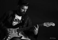 Dani. 2 (B.N.Zazo) Tags: guitarra guitar blackwhite blancoynegro blackandwhite man tatoo tatuaje clavebaja barba hombre nikon nikond5100 d5100 iluminacin estudio studio luz portrait retrato