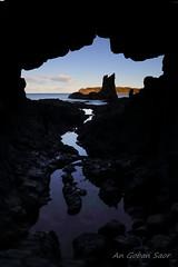 Cathedral Rocks (An Gobn Saor) Tags: cathedralrocks cathedral rocks cave volcanic basalt latite wodiwodi kiama gerringongvolcanics nsw newsouthwales australia angobnsaor gobnsaor