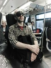 Man with black mask (wwwuppertal) Tags: mann man fahrgast commuter rideronatrain morning morgen pendler schwarzemaske blackmask ruhe bart beard appleiphone cellphonephotography iphone6splus
