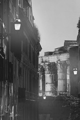 Rione Monti - Via Baccina (fabiofichi) Tags: forodiaugusto augustusforum forums forum imperialforums foriimperiali viabaccina monti rionemonti rome roma