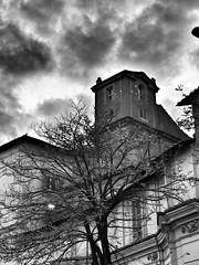 Collina Fleming (cloud io) Tags: house rome roma sunshine tramonto case cielo palazzi numbs nubi scorci quartieri houseofrome