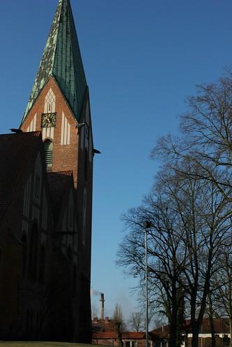 "Lutherkirche Soltau 2015 (01) • <a style=""font-size:0.8em;"" href=""http://www.flickr.com/photos/69570948@N04/15821684624/"" target=""_blank"">Auf Flickr ansehen</a>"
