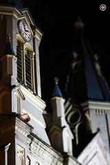 Desde el reloj!! (pguambana) Tags: reloj fe iglesias nocturno creencias