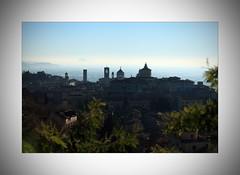 IMG_0058 copy (Cesare Vigan) Tags: canon bella inverno bergamo bellezza citt prospettiva foschia bergamoalta cittalta cesarevigan