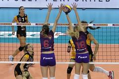 GO4G0665_R.Varadi_R.Varadi (Robi33) Tags: game sport ball switzerland championship team women action basel tournament match network volleyball volley referees
