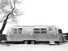 snowstream (mennyj) Tags: winter snow mobile arlington virginia 60s aluminum 4th va snowing 1960s trailer airstream neighbor iphone 2015 glamper airbnb iphone6
