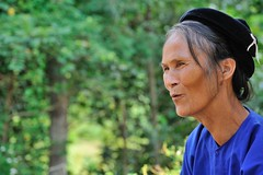 PORTRAIT DU VIETNAM : UN CERTAIN SOURIRE (EXPLORE) (louis.foecy.fr) Tags: asia ride femme vert vietnam bleu asie sourire
