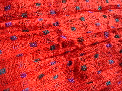 Red scarf (Deejay Bafaroy) Tags: blue red rot closeup scarf purple lila lilac fabric blau violett schal stoff