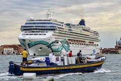 ALWAYS IN VENICE (gianmaria.colognese) Tags: barca boat transatlantico turisti venezia laguna lagoon water