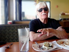 Gary Kent {197/366} (therealjoeo) Tags: film sunglasses austin movie lunch texas diner hollywood 365 stuntman 366 365project garykent