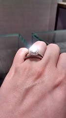 IMG_20151119_201750679_HDR (yumiang) Tags: rock engagement downtown hand diamond jewlery pricetag spence spance