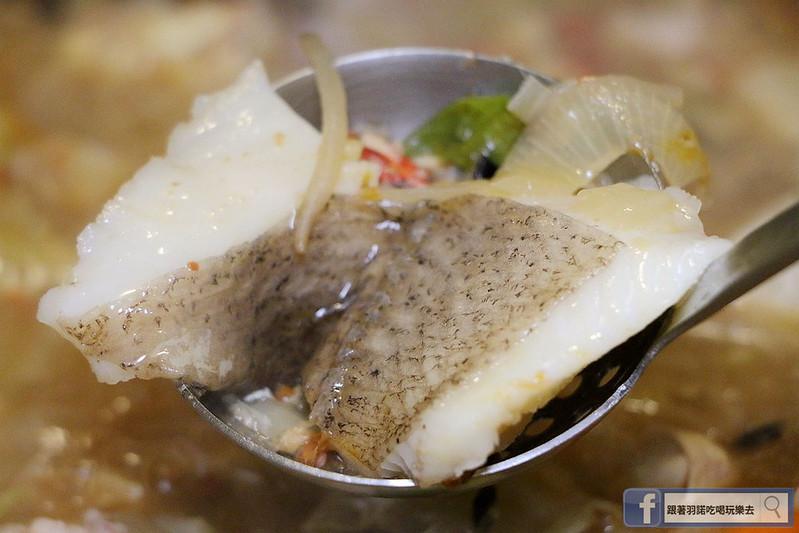 雲之南麗江斑魚火鍋六張犁美食155