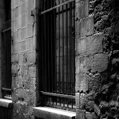 Walking Montreal 013 (noahbw) Tags: d5000 nikon oldmontreal abstract architecture blackwhite blackandwhite bw city decay decaying erosion landscape light monochrome noahbw quiet shadow square still stillness stone summer window