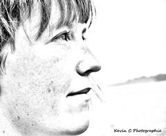 Portrait (Kevin C Photographie) Tags: girl girls femme rousse redhead plage 50mm nikon beach sun sexy joli jolie belle frekkles rousseurs