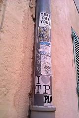 Antibes (I LOVE TP) Tags: ilovetp love tp ihearttp sticker stickerart streetart street art autocollant yene dani yougo tcs rapas strap