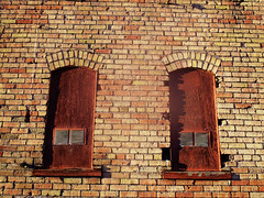 SLC Windows (lesraquettes) Tags: windows pairs saltlakecity downtown architecture urban abstract innercity southwestusa