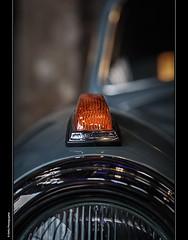der Blinker (geka_photo) Tags: gekaphoto lübeck schleswigholstein deutschland blinker automobil auto mercedes nordicarclassic kulturwerftgollan