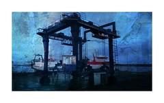 Serie du 20 03 16 Sete : night on (basse def) Tags: sete night port boat