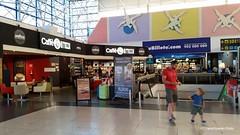 Inkom-hall-cafetaria-luchthaven-Las-Palmas (Mechelen op zijn Best) Tags: luchthaven airport aeropuerto lufthafen laspalmas grancanaria bintercanarias reizen reisen travelling viajar vliegtuig flugzeug airplane avin