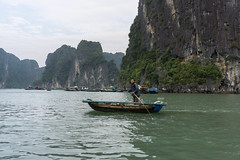 DSC02882 (Aaron_Choi) Tags: ocean morning travel cruise tourism beach fog asian island islands bay coast boat fishing asia tour village unesco vietnam fisher rowing local fishingboat halong halongbay islets boatpeople gulfoftonkin