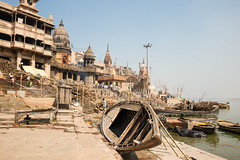 Manikarnika Ghat 1 (Adrian1Sun) Tags: boats riverside funeral varanasi pyre ganges ghats uttarpradesh manikarnikaghat