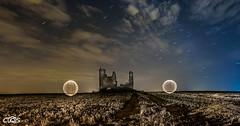 Esferas de luz en castillo de caudilla (server.carlos) Tags: castillos caudilla lightpainting estrellas noche fotos nocturnas esferas de luz olympus 714 larga exposicion nightscapes landscapes