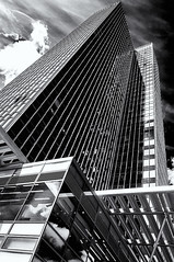 Tower (Explore) (Kevin R Thornton) Tags: d90 urban nikon london 201508 street architecture 2015 city england unitedkingdom gb