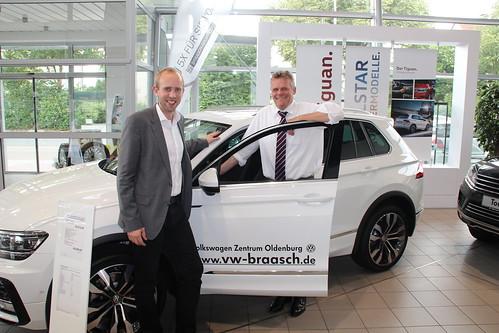 Gespräch bei VW Braasch zu den Herausforderungen für die Autobranche.