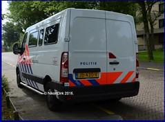 Dutch Police Movano. (NikonDirk) Tags: politie police nikondirk netherlands nederland opel movano den haag haaglanden hgl holland dutch cops cop hulpverlening cellenbus cellen bus foto 1trj58 jd420v