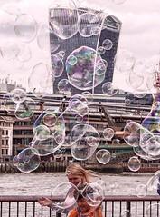London bubbles 2 (jantoniojess) Tags: londres london bubble bubbles burbuja burbujadejabn