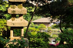 Pagoda lantern and tea house (the.bryce) Tags: japan hiroshima shukkeiengarden