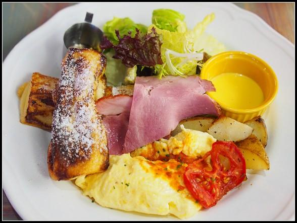 板橋早午餐推薦 ▎Halla 義式餐廳 Brunch @ 美式復古工業風