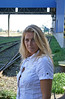 IMG_8920 (Ehrliche Aktfotografie) Tags: nonnude verdeckterakt outdoor blouse sideblouse rails safe