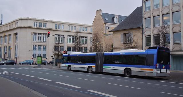 VOLVO 7700A n°353 - Lianes 3 - Station Théâtre - Caen - BL© - le 13 fév. 2014