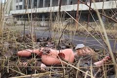 Kitsch oder Kunst? (langkawi) Tags: abandoned doll symbol nuclear disaster geisterstadt pripyat pripjat