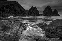 untitled--31 Nohoval Cove (Carpejugleum) Tags: ireland rocks cove cork tide rocky coastal tidal backwash nohoval nohovalcove carpejugleum