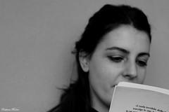 (CristianaPhoto) Tags: book women leggendo bnw